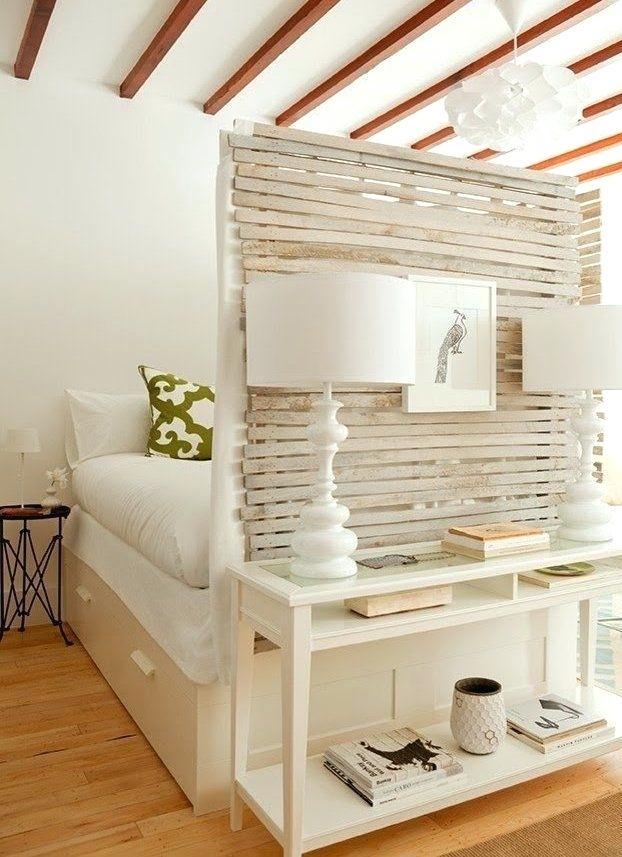 Bett Im Wohnzimmer Schrank Verstecktes Podest