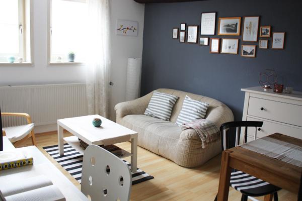 Blau Graue Wand Wohnzimmer