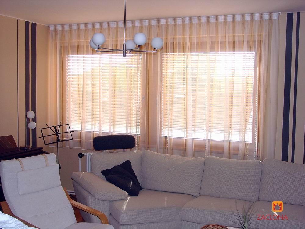 Fensterdekoration und Wandbemalung