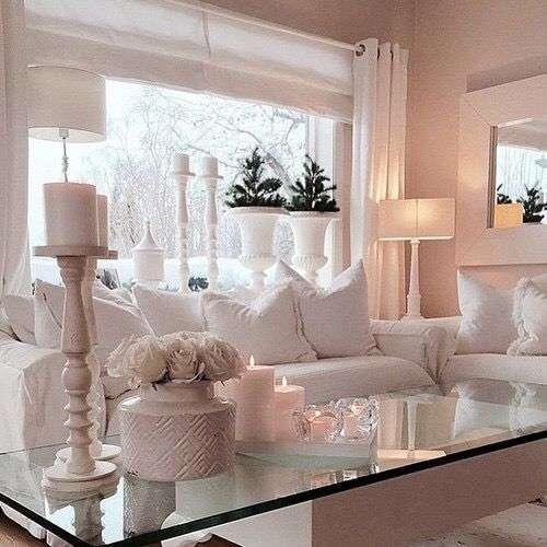 Idee per arredare un soggiorno in stile shabby chic Foto