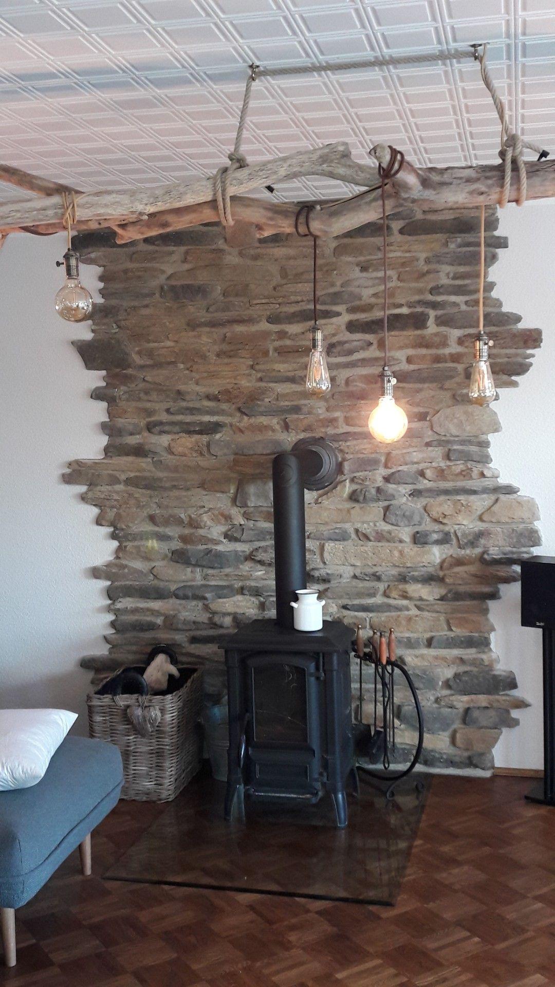landhaus steinwand wohnzimmer gemütlich