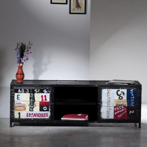 NEU Stylisches Lowboard aus Metall Used Look Wohnzimmer