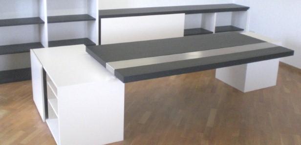 Schreibtisch in schwarz weiß Häfele Functionality World
