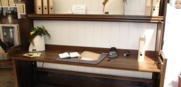 Schreibtisch mit verdecktem Bett Häfele Functionality World