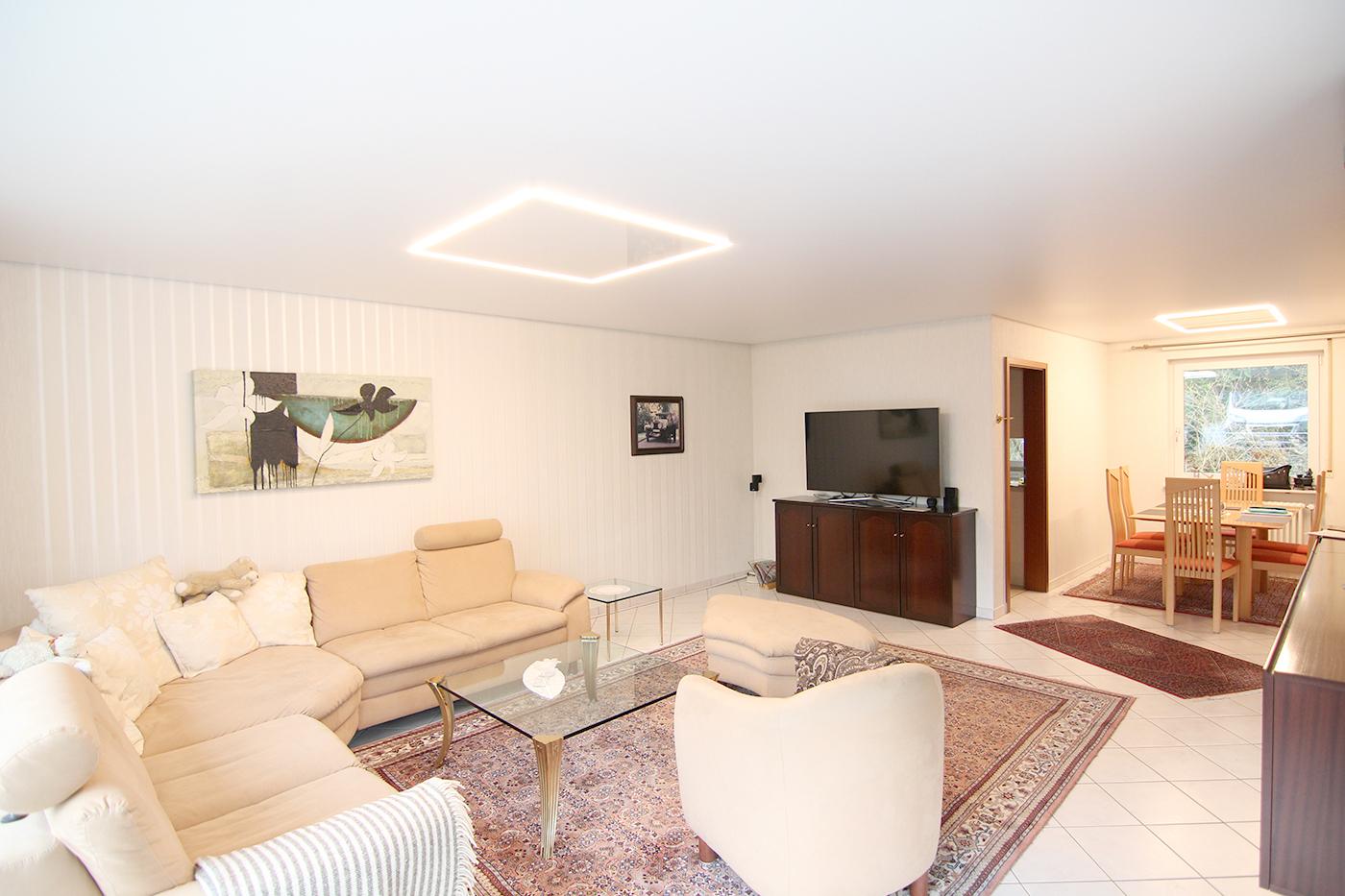 Spanndecke im Wohnzimmer – Neuenstein – Spanndeckenstudio