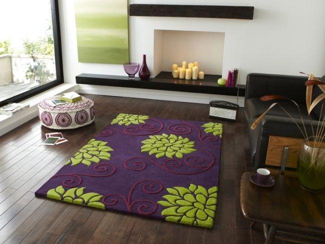 teppich blumenmuster lila grün modernes wohnzimmer