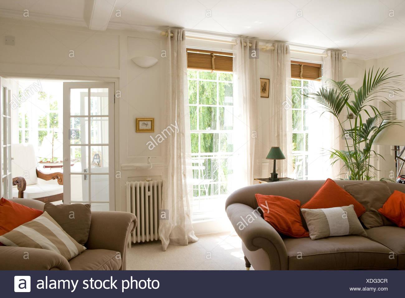 Wohnzimmer Kissen Amazing Wohnzimmer Dekorieren Weiss