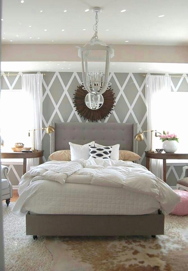 Wohnzimmer Wände Streichen Schön Graues sofa Und Lila Wand
